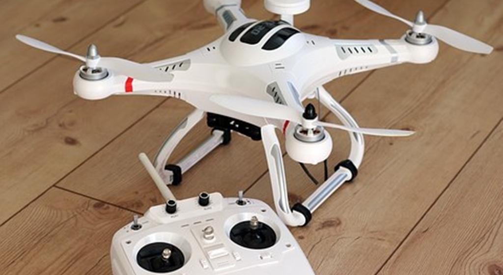 ¿Cómo volar un drone? Sigue esta guía y aprenderás rápidamente
