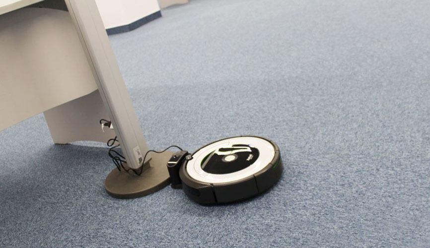 iRobot Roomba 691 cargando